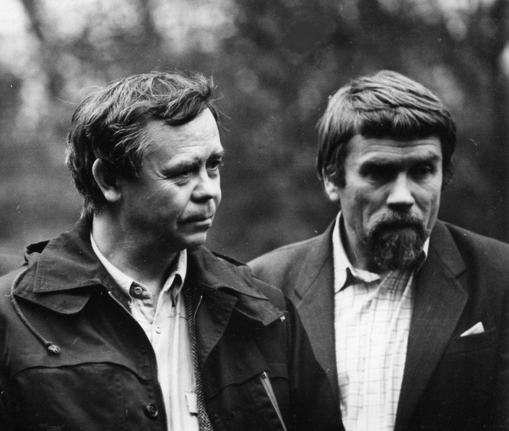 Валентин Распутин (слева) и Валентин Курбатов.